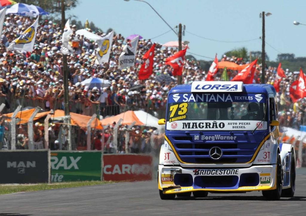 Leandro Totti foi o campeão da Fórmula Truck