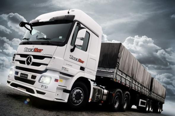Mercedes-Benz-Actros-2655-3-590x391