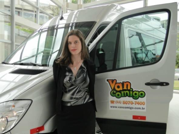 size_590_Fernanda_Bordin_gerente_de_Inovações_e_Negócios_da_Mercedes-Benz_no_Brasil_e_o_projeto_Van_Comigo_
